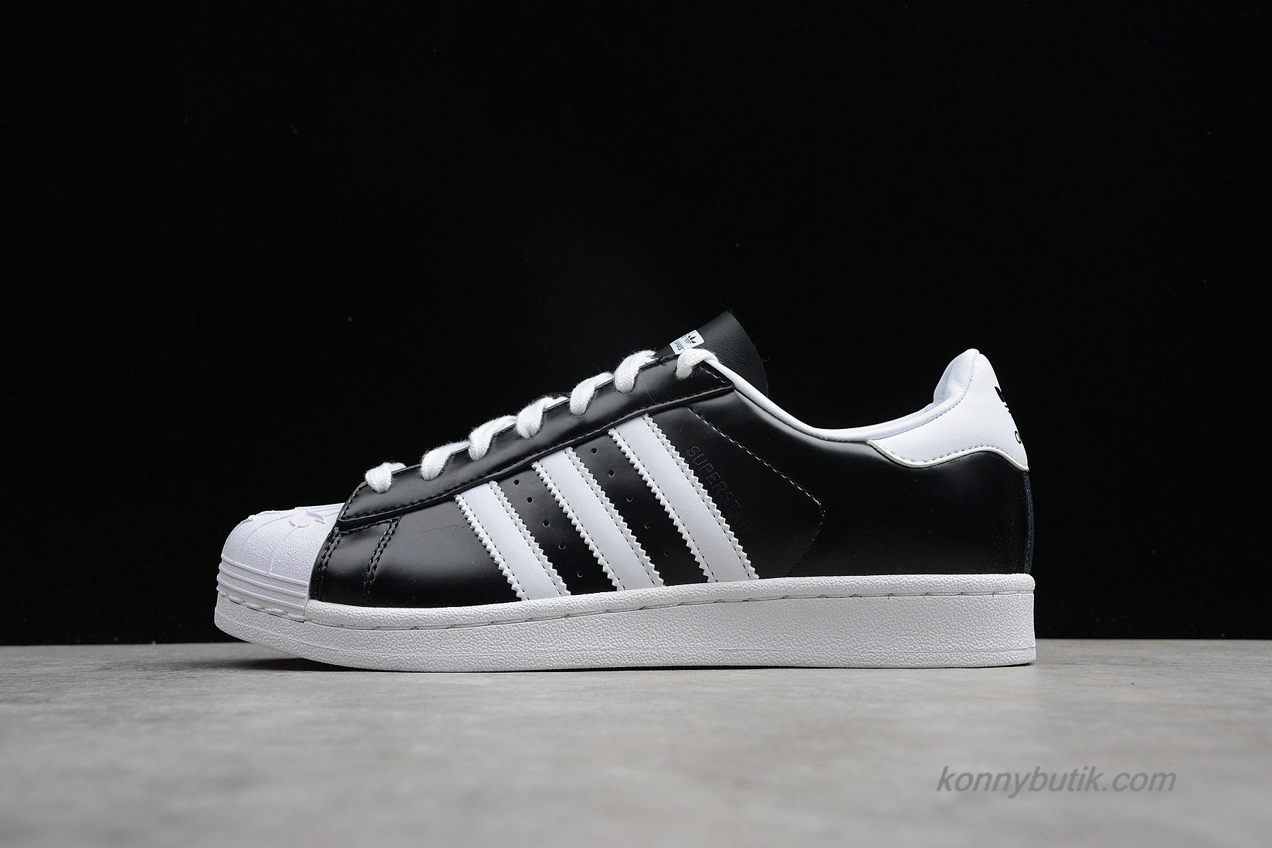 Adidas Originals Superstar Nigo Bearfoot Unisex Sko Sort / Hvid (S83386)