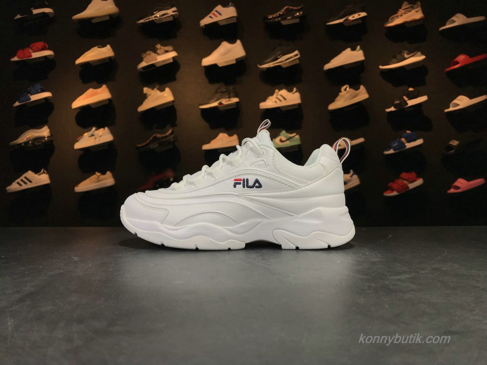 2019 Fila Ray Dame Sko Off-White / Sort (FS1SIA1160X-WWT)