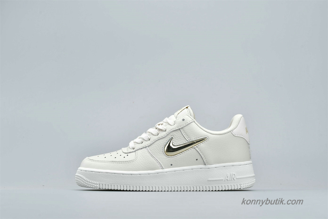 Nike Air Force 1 Low 07 PRM LX Dame Sko Off-White / Guld (AO3814-001)