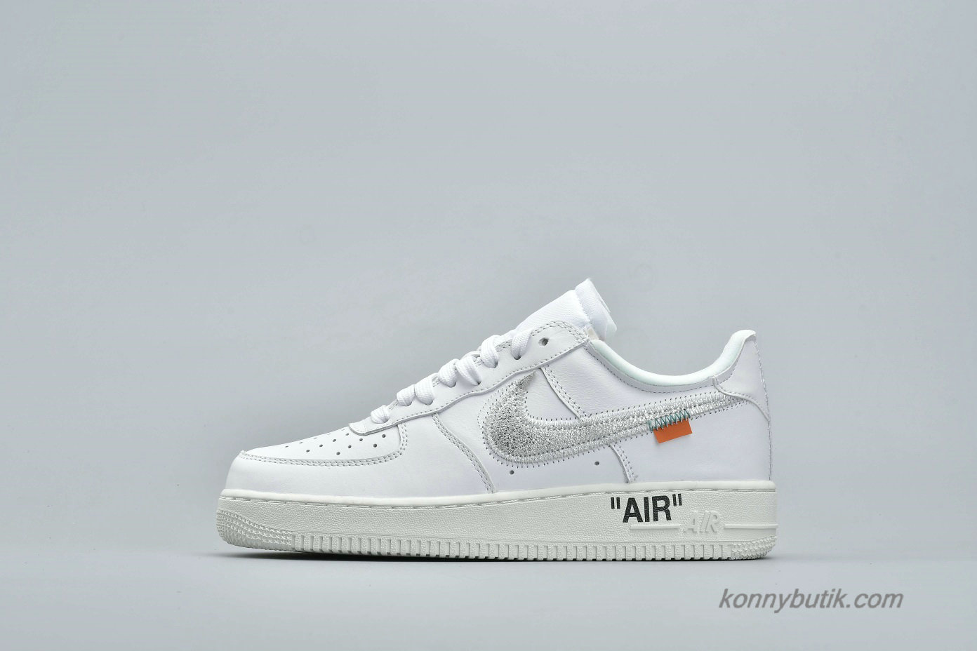 Off-White Nike Air Force 1 Low 07 Unisex Sko Hvid / Sølv (AO4297-100)