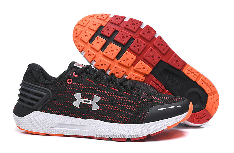 Under Armour Charged Rogue Herre Sort / Rød / Sølv Sko