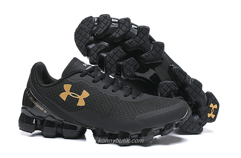 Under Armour Scorpio 3 Herre Sort / Guld Sko